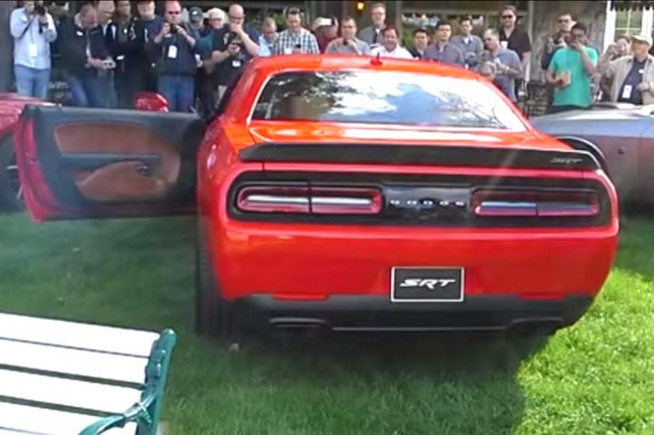 Dodge Challenger SRT Hellcat is Loud as Hell