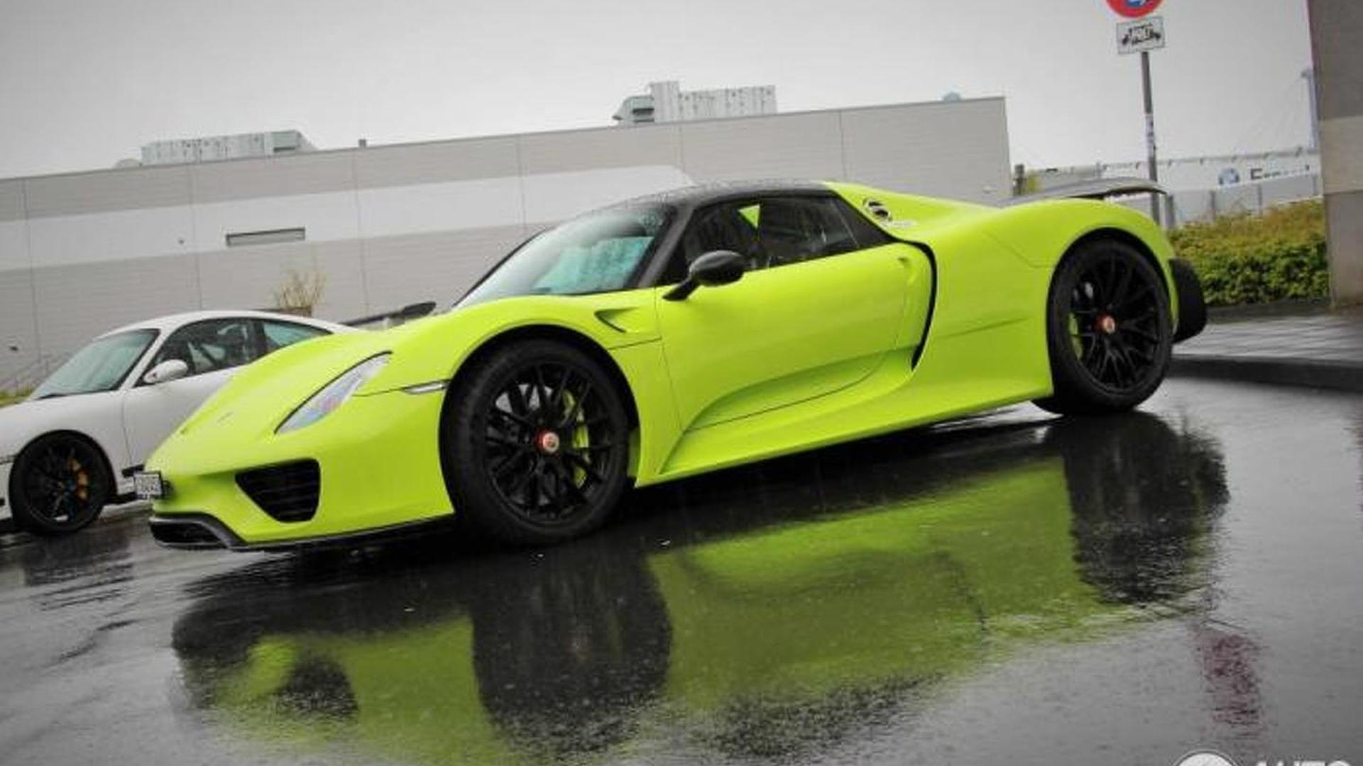 porsche 918 spyder spotted with weissach package and lime green paint. Black Bedroom Furniture Sets. Home Design Ideas