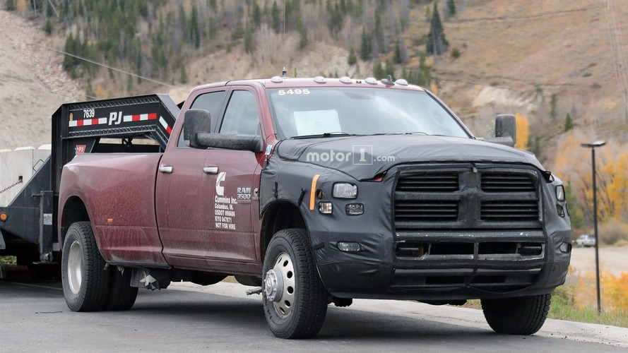 2018 Ram 2500 and 3500 spied hauling in the mountains