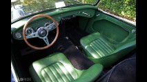Austin-Healey 100-6 Roadster