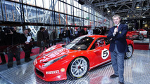 Ferrari 458 Italia Challenge roars on the track [video]