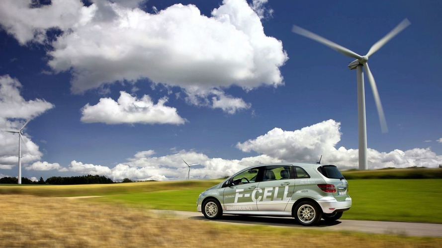 Mercedes-Benz Launches B-Class F-CELL - First series-produced hydrogen fuel cell car