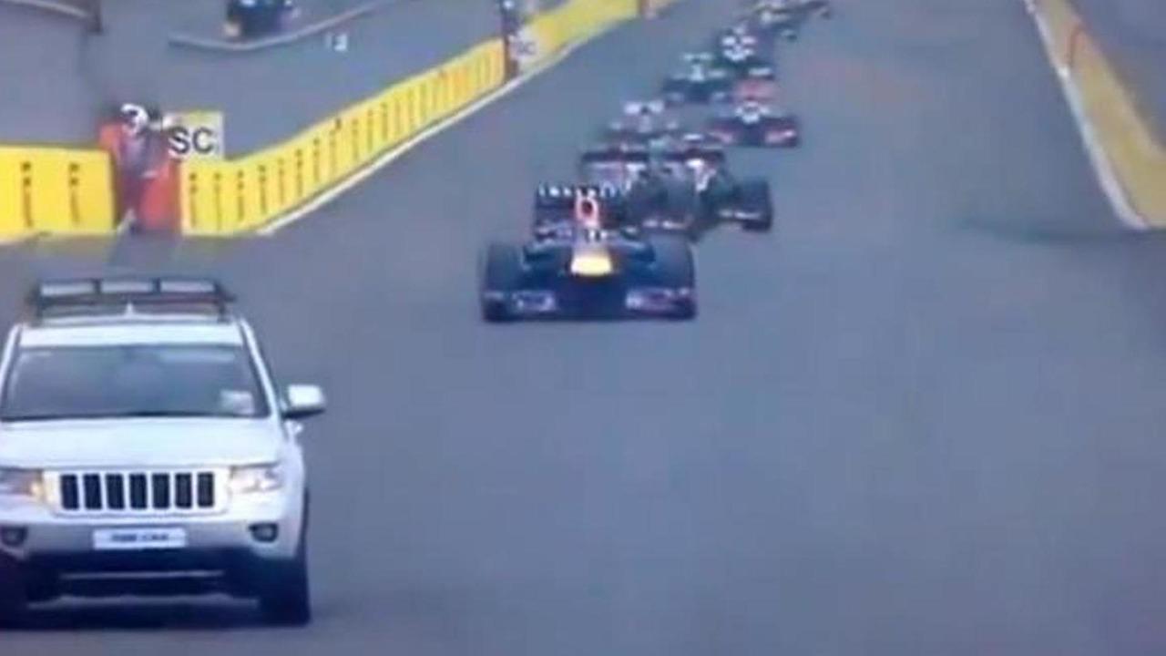 Jeep 'fire truck' interrupts Korean GP