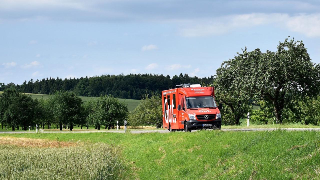 Mercedes Sprinter mobile bank