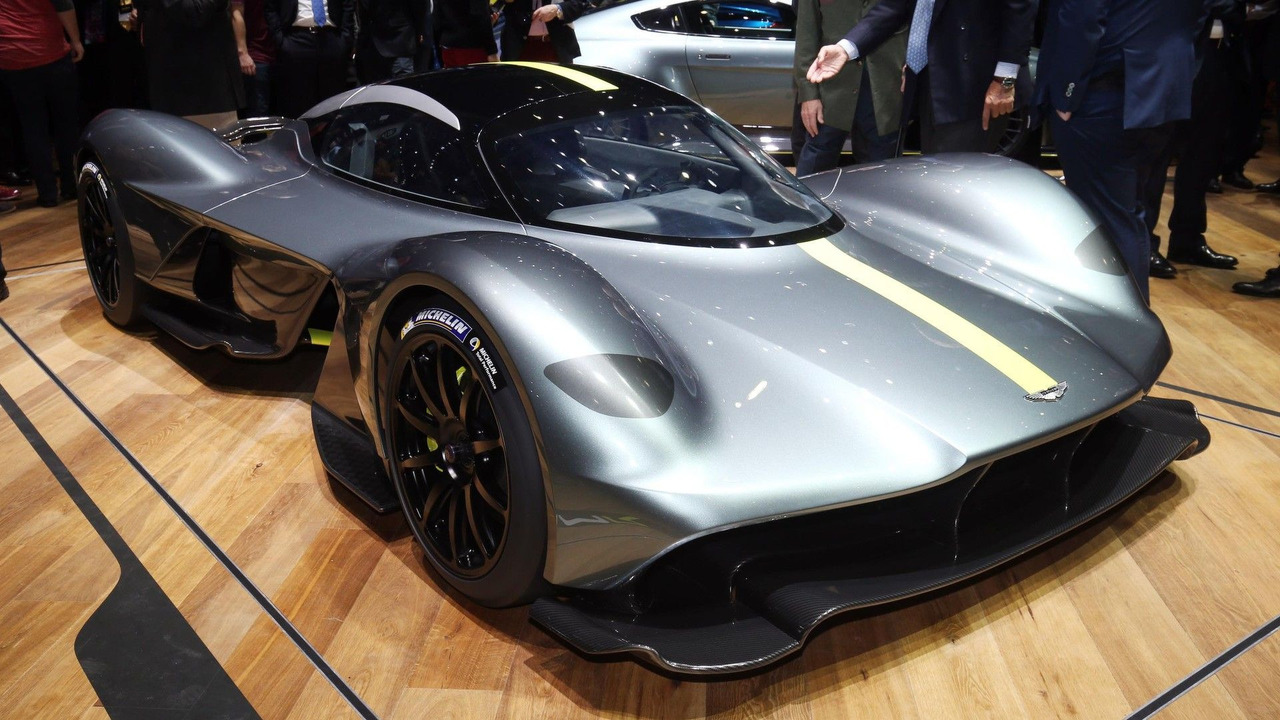 [Actualité] Aston Martin : From Britain with love - Page 4 Aston-martin-valkyrie-in-geneva