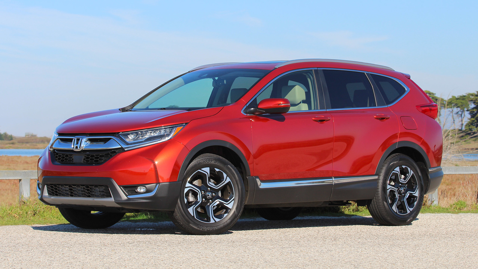 2017 honda cr v first drive just right yet again for Honda crv usa