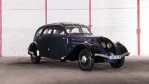 Lot 15 - 1937 Peugeot 402 Berline (N4Y)