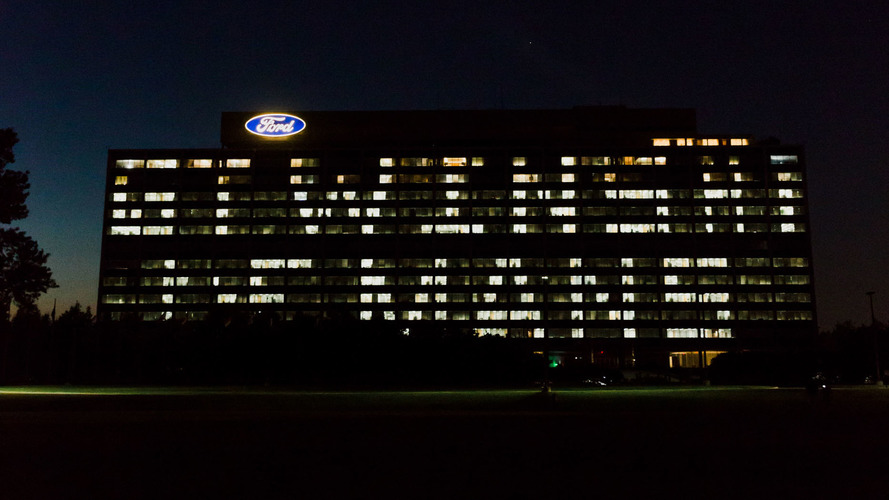 Ford lights up HQ to celebrate GT's Le Mans victory