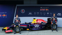 Jerez F1 launches - anticipation high as opening test begins