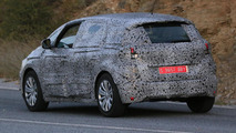 2017 Renault Scenic spy photo