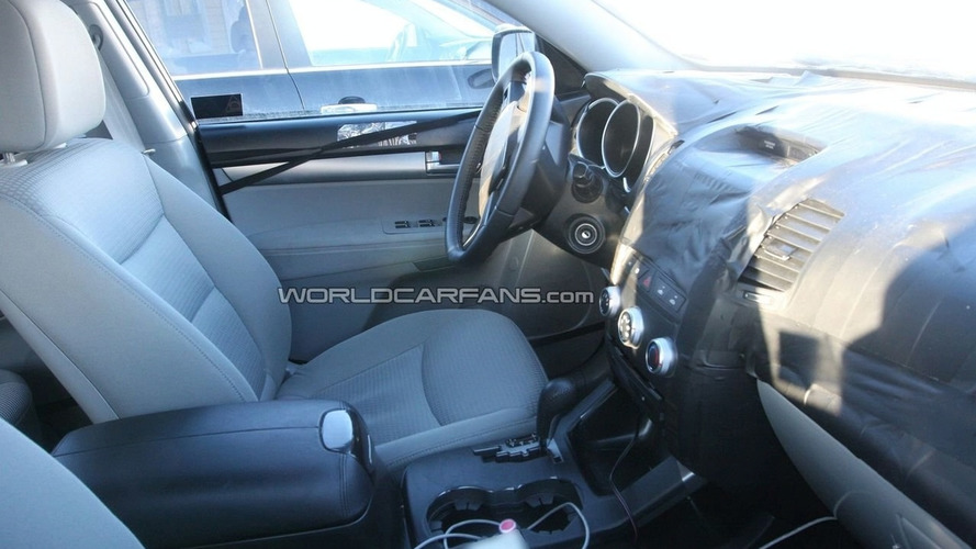 2010 Kia Sorento Interior Spied in Scandinavia