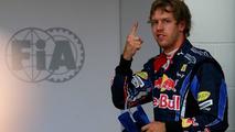 Vettel denies Ricciardo signing makes him 'no.1'