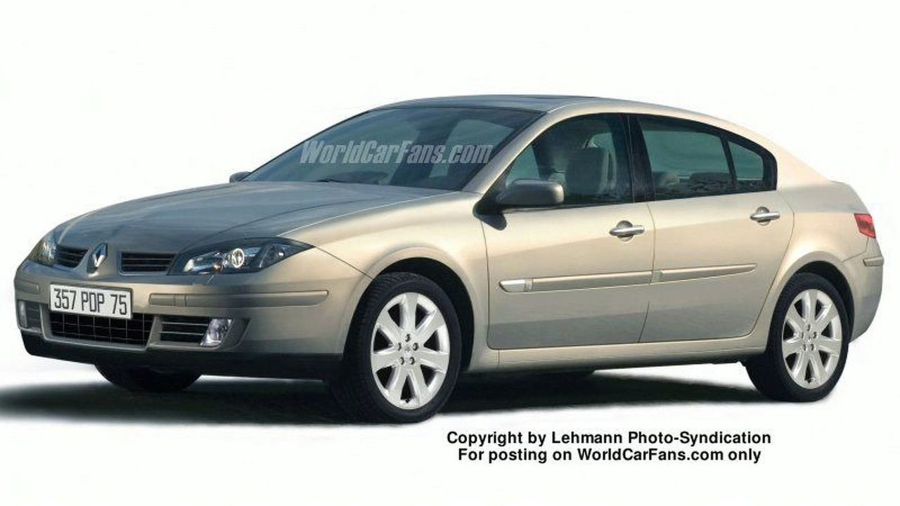 New Renault Laguna Spy Photo