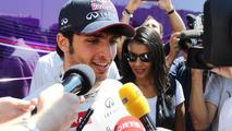 Sainz jr admits no Toro Rosso talks for 2014