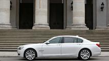 BMW 760i & 760Li in Depth