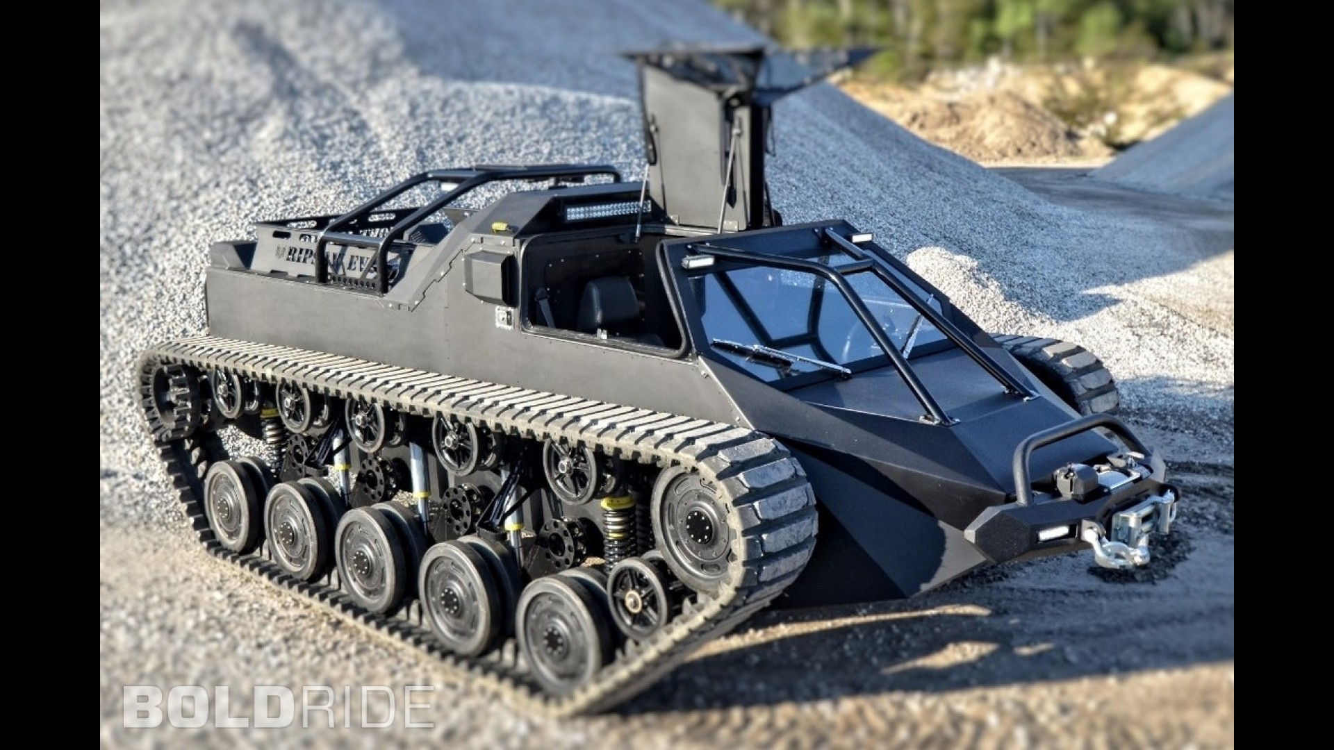 Howe and Howe Ripsaw EV2 Tank