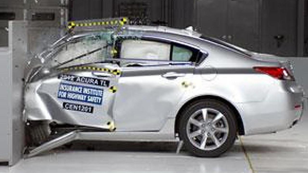 Acura TL IIHS test