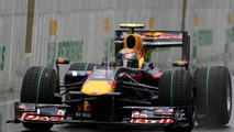 Vettel's title in tatters in qualifying rain