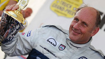Hans-Joachim Stuck in hospital after head surgery