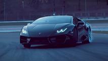 Lamborghini shows Huracan LP 580-2 drifting at Imola [video]