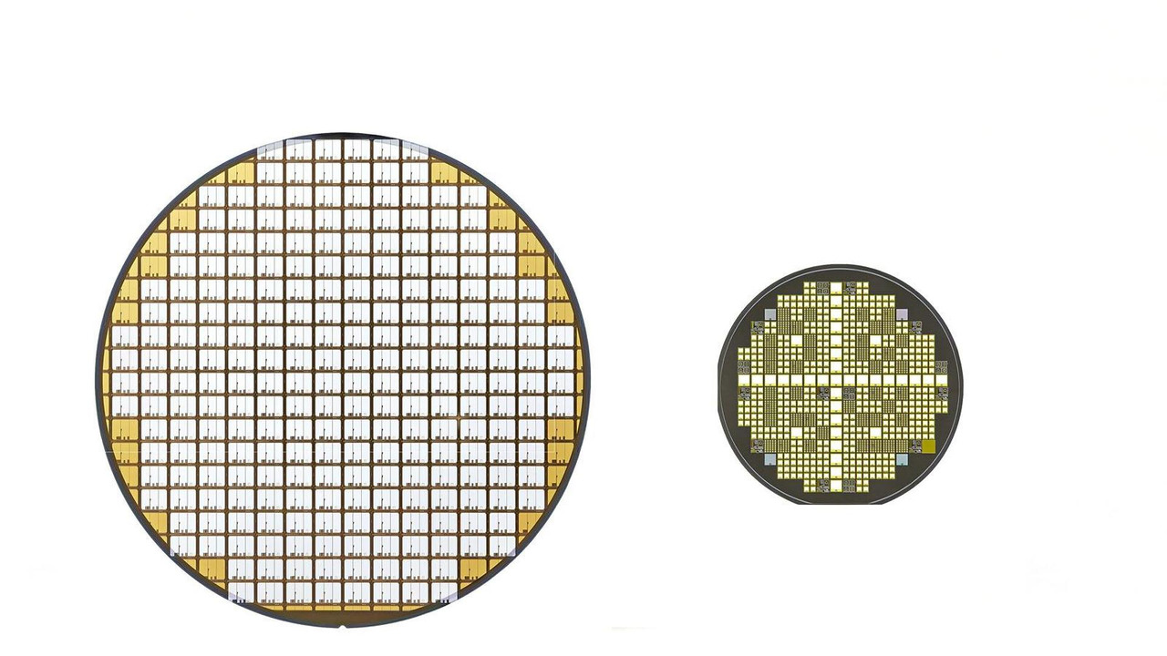 Toyota semiconductor tech - (L) Silicon and (R) SiC power semiconductor wafers