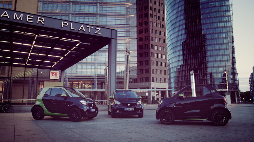 Smart teases Electric Drive ForTwo ahead of Paris debut