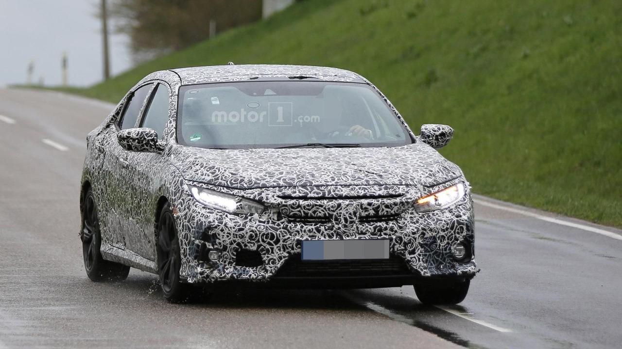 Honda Civic Hatchback spy photo