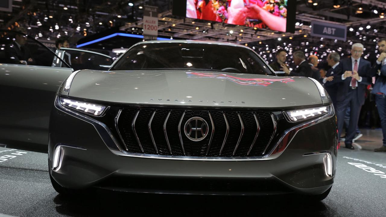 2017 -[Pininfarina] H500 / H600 Hybrid Kinetic Concept Pininfarina-h600-concept