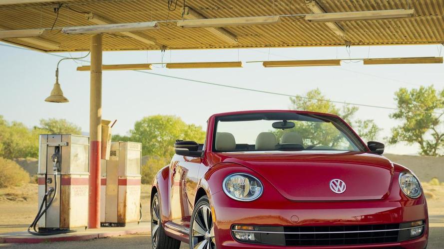 2013 Volkswagen Beetle Cabriolet revealed