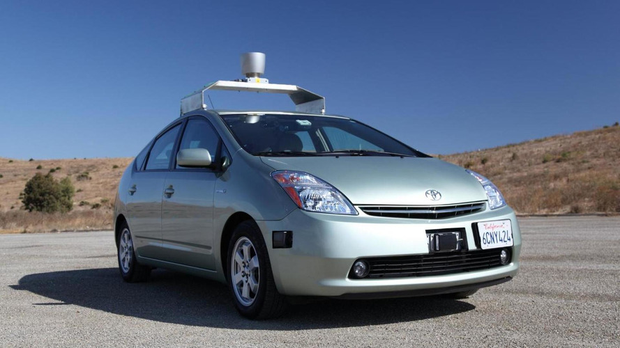 Google wins driverless car patent