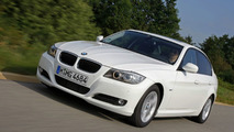 BMW 320d EfficientDynamics completes 1,013 miles on single tank