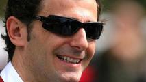 De la Rosa's Sauber seat 'not in doubt' - Gracia