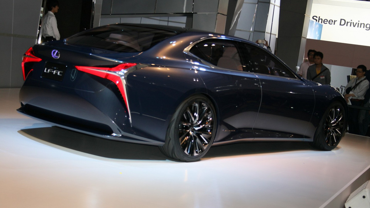 2018 lexus ls to be unveiled early next year. Black Bedroom Furniture Sets. Home Design Ideas