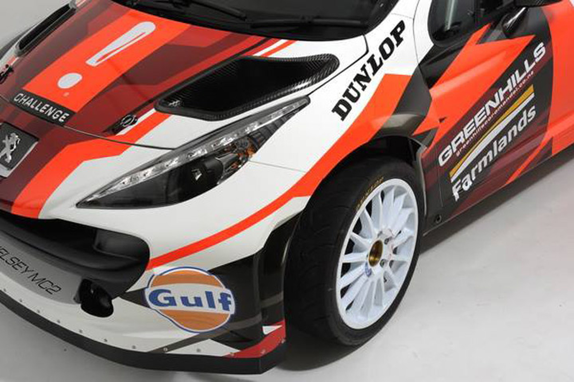 A 21-Year-Old Built This Insane Rally Car