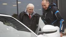 04.3.2013 Jaguar F-Type recreates historic world record event