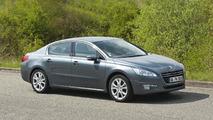 Peugeot 508 sedan receives Hybrid4 diesel powertrain