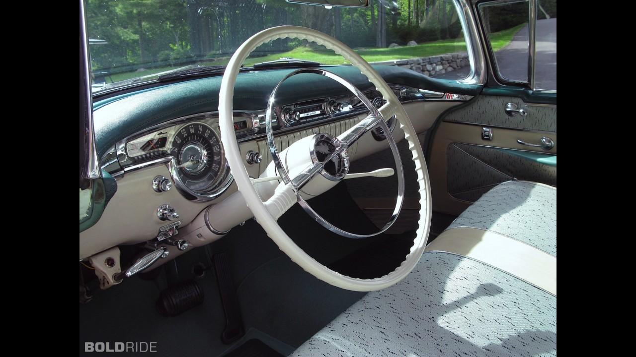 Oldsmobile 98 Holiday Hardtop Sedan