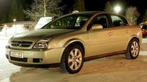 New Opel Vectra Spy Photos