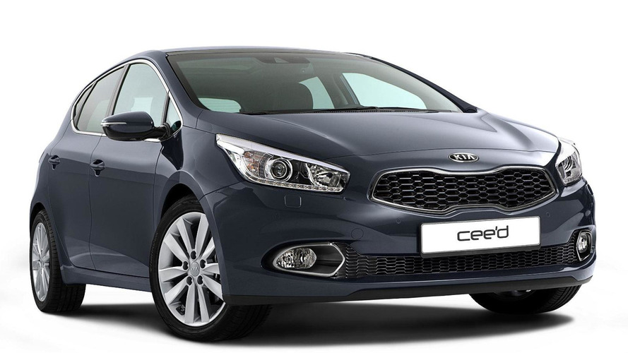 2013 Kia cee'd first photo released ahead of Geneva debut