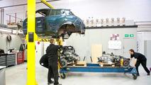 Nissan Juke-R engine installation 26.10.2011
