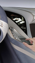 Mercedes @yourCOMAND infotainment system - 27.10.2011