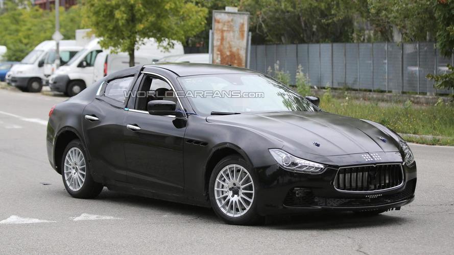 2016 Alfa Romeo Giulia test mule spied wearing Maserati Ghibli body