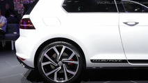 Volkswagen Golf GTI Clubsport powers into Frankfurt with 265 PS
