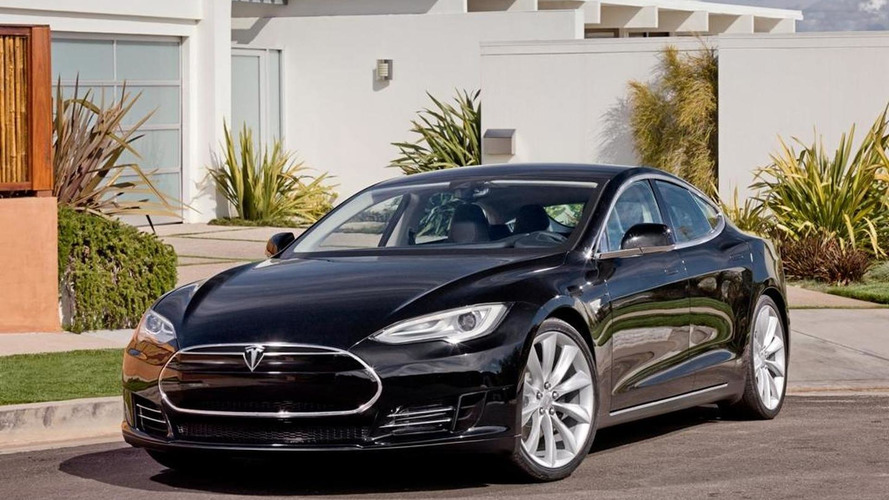 Entry-level Tesla sedan coming in 2015 - report