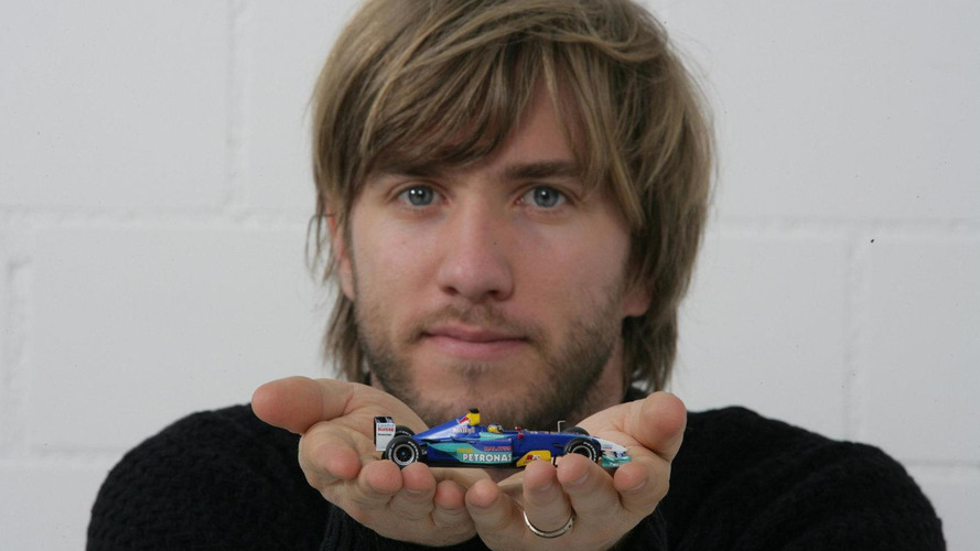 Heidfeld rules out 'slow team' switch for 2011