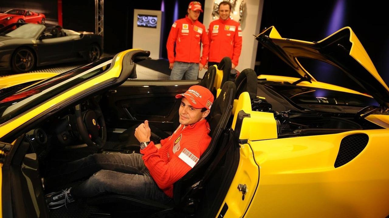 Ferrari 16m F430 Scuderia spider with Massa Räikkönen and Montezemolo