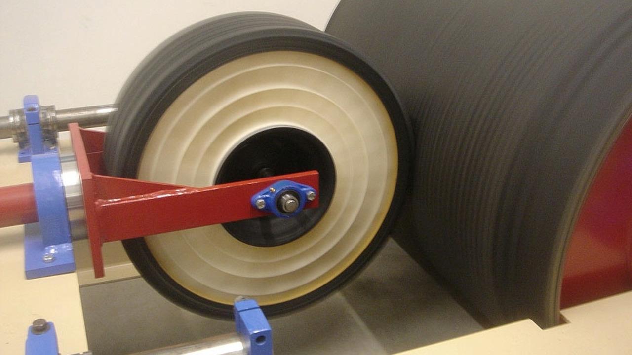 Resilient Technologies honeycomb wheel