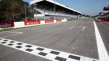 Ecclestone tells race organiser Monza future safe