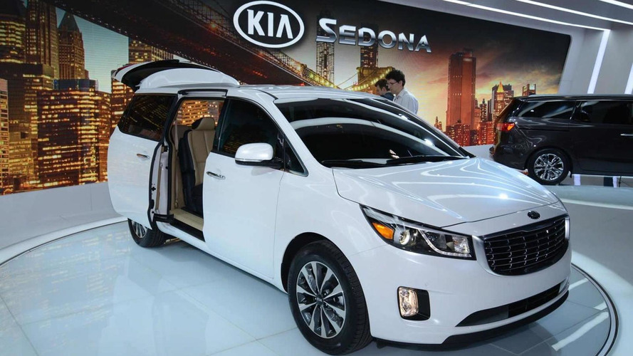 2015 Kia Sedona arrives in New York, proves not all MPVs are boring