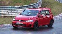 Volkswagen Golf GTI Club Sport spy photo